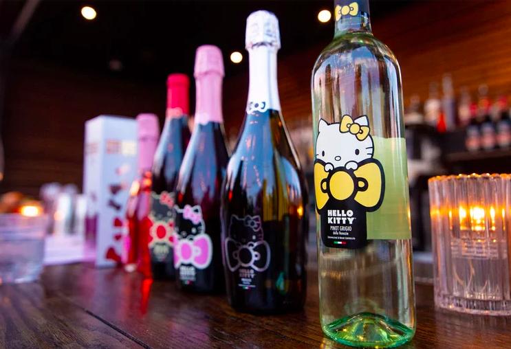 Hello kitty wines vino